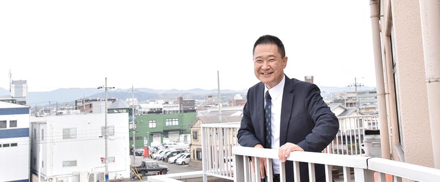 就職・キャリアサポート担当教員 岩﨑 忠嗣 先生