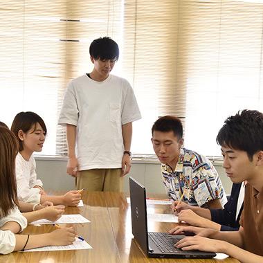「対人コミュニケーション学」の授業風景